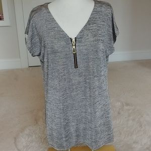 Short sleeve tunic with zipper front...large